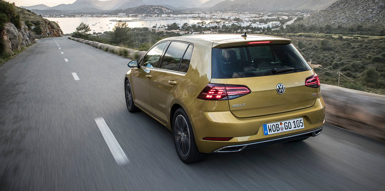 2017-volkswagen-golf-highline-hatch-golf_1-5_tsi_029
