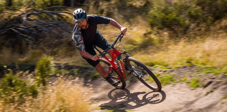 2017_subaru_outback_2-5i_premium_mountainbike-30