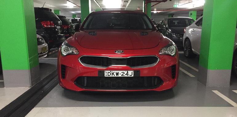 2018-kia-stinger-spy-photo-sydney-img_9836