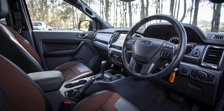 2017-ford-ranger-wildtrak-vs-toyota-hilux-trd-diesel-auto-1