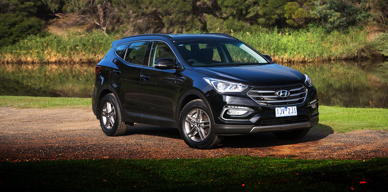 2017_hyundai_santa-fe_active_diesel_review