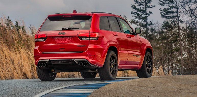 2018 jeep australia. wonderful 2018 while fca representatives wonu0027t nail down specific pricing right now weu0027re  speculating that the trackhawk is likely to start close 140000 mark  to 2018 jeep australia o