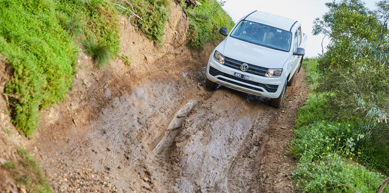 2017-volkswagen-spirit-of-amarok-18