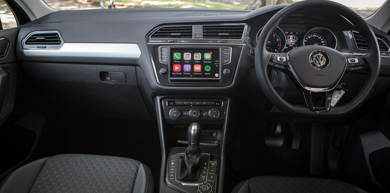 2017 volkswagen tiguan 132tsi comfortline review long term report three infotainment. Black Bedroom Furniture Sets. Home Design Ideas