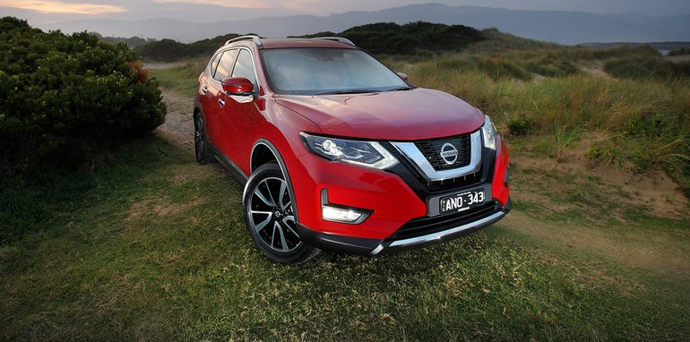 2017-nissan-x-trail-review-xt_3_hero-1