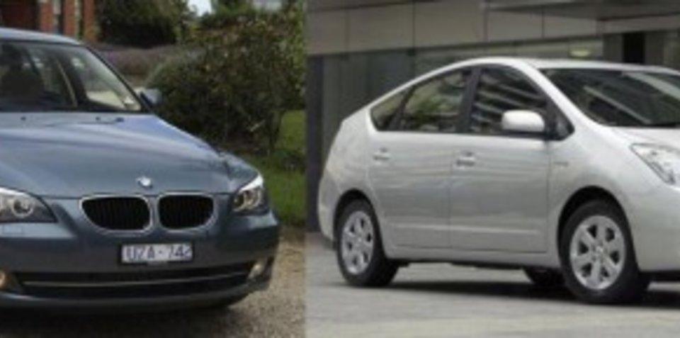Toyota Prius vs BMW 520d