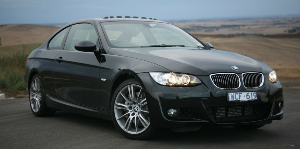 2008 bmw 335i review. Black Bedroom Furniture Sets. Home Design Ideas