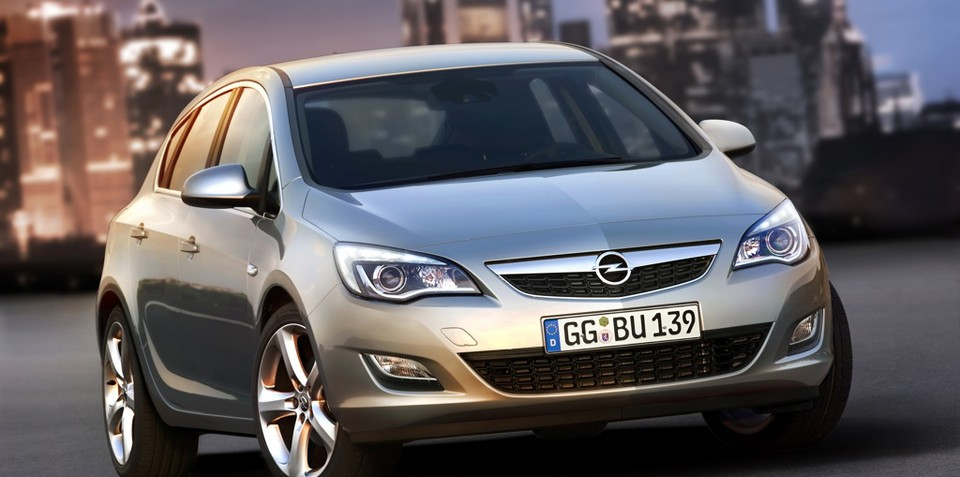2009 Opel Astra revealed