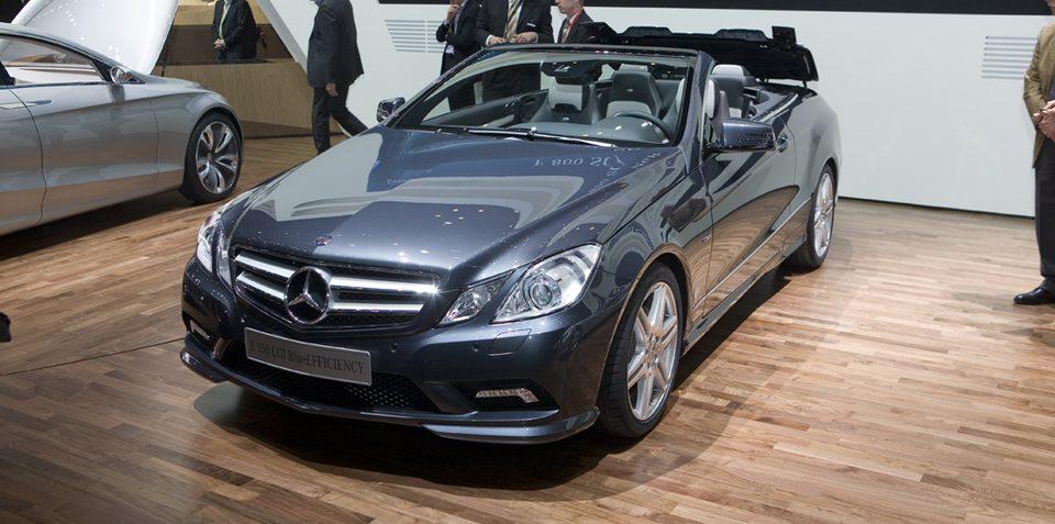 Mercedes-Benz E-Class Cabriolet drop its lid at Geneva 2010