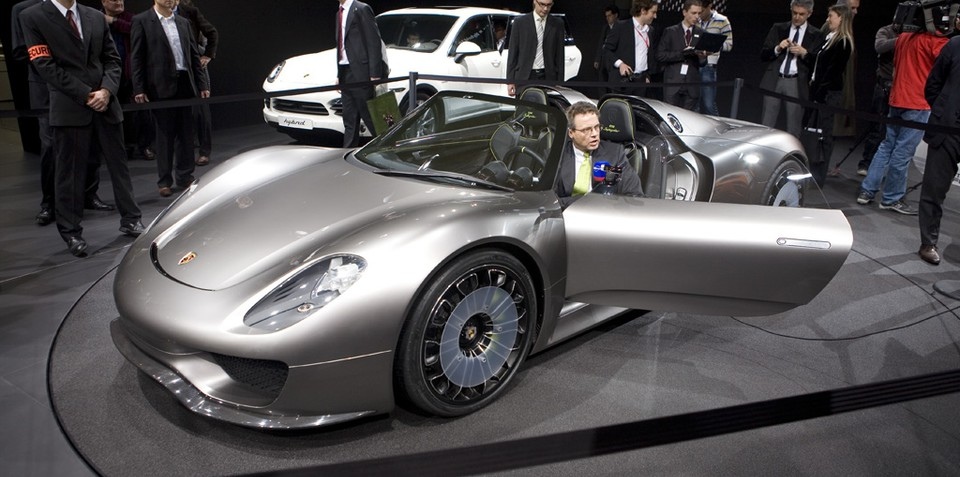 porsche 918 spyder concept geneva 2010. Black Bedroom Furniture Sets. Home Design Ideas