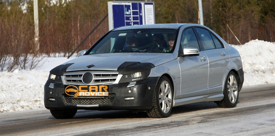 Mercedes-Benz C-Class facelift spy photos