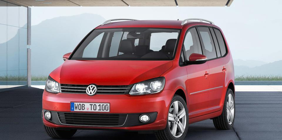 volkswagen touran people mover unveiled at leipzig motor show. Black Bedroom Furniture Sets. Home Design Ideas