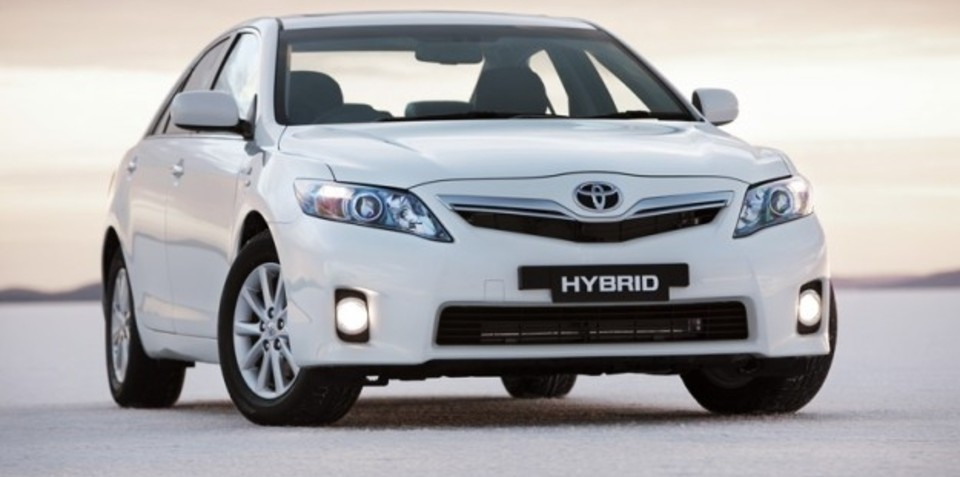 Toyota Camry Hybrid earns five-star Green Vehicle Guide rating