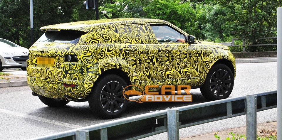 Range Rover LRX spy photos