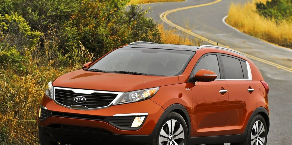2011 Kia Sportage hits the road
