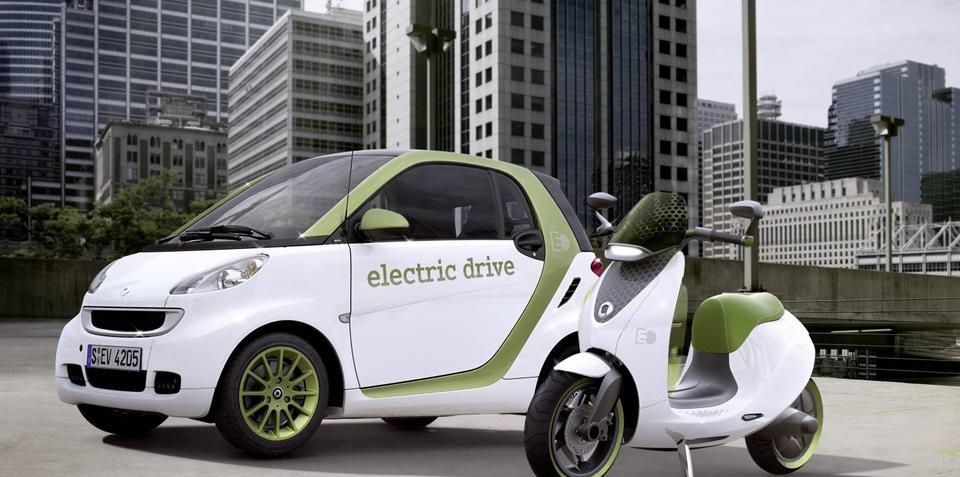 Smart escooter to premier at Paris Motor Show