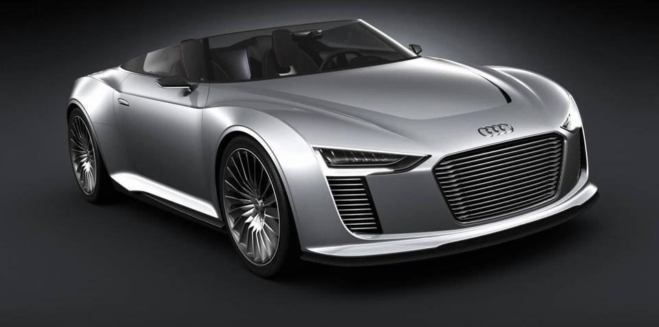 Audi e-tron Spyder hybrid diesel unveiled at Paris Motor Show