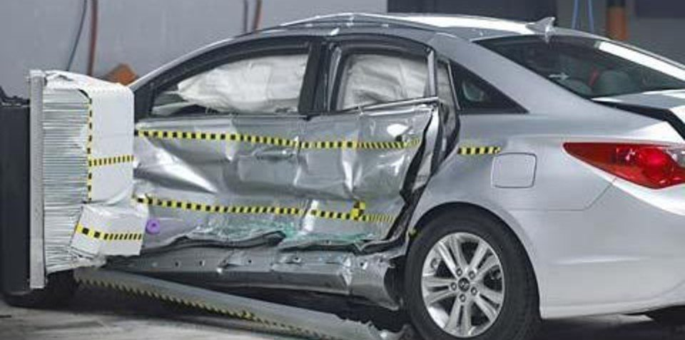 2011 BMW 5 Series and Hyundai Sonata awarded first five star safety by NHTSA