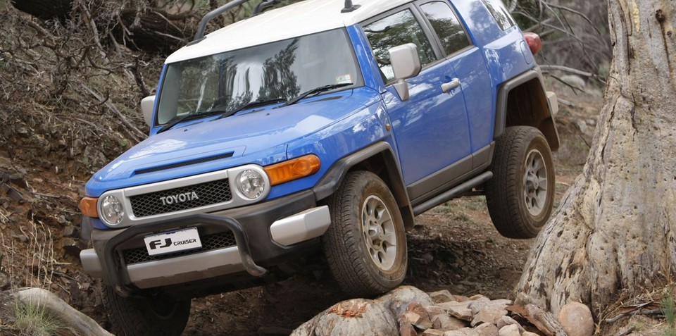 Toyota FJ Cruiser Review (Off-Road)