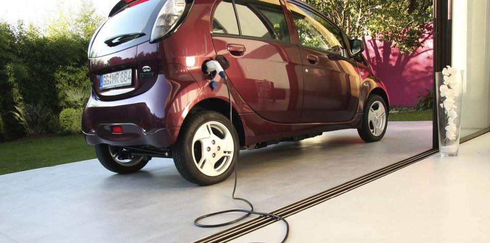 Electric vehicles to power household appliances