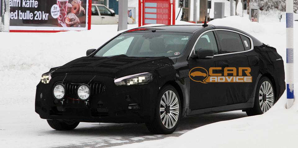 Kia K9 spy shots: Luxury sedan targets Germans