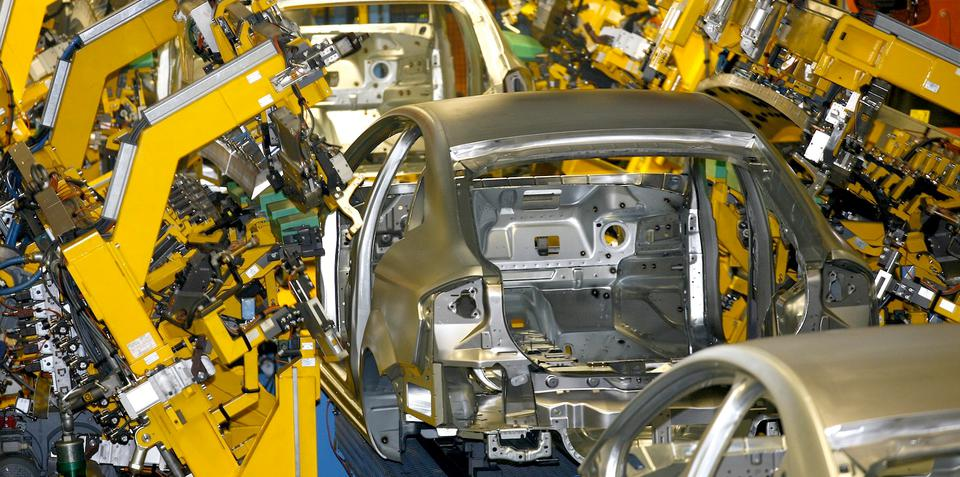 Ford to close European plants, 2012 losses likely to exceed US$1.5 billion