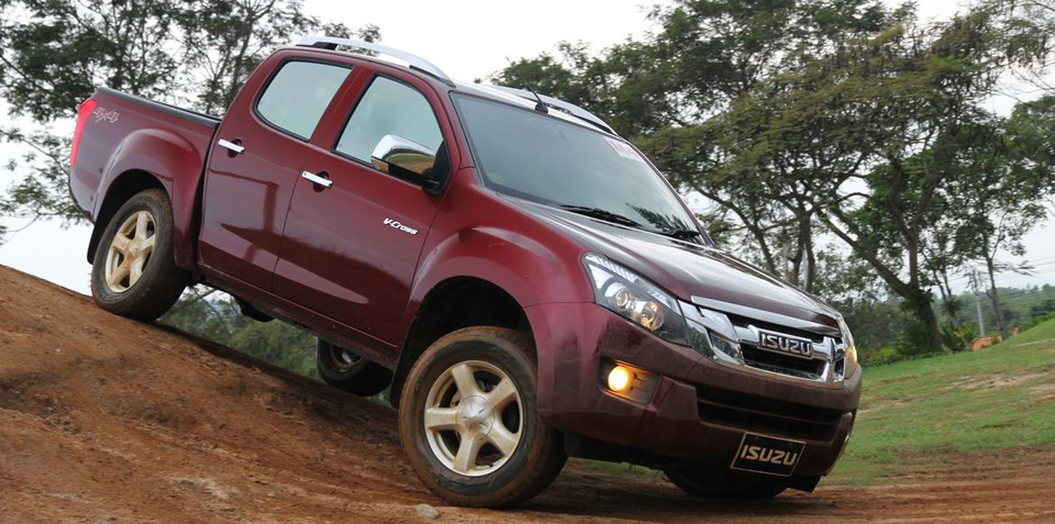 Isuzu D-Max to get twin-turbo diesel by 2016