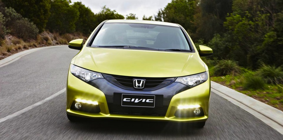 2013 Honda Civic hatch: Bluetooth, cruise now standard; prices tweaked