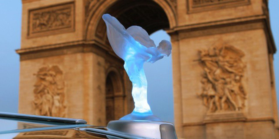 Rolls-Royce lights up Spirit of Ecstasy