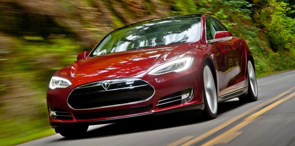 "Tesla announces ""world's best"" service and warranty program"