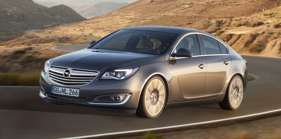 Opel Insignia facelift officially revealed