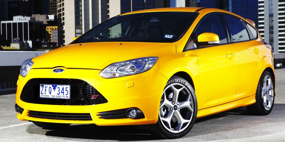 Ford Focus ST gains Emergency Assistance, regular models miss out
