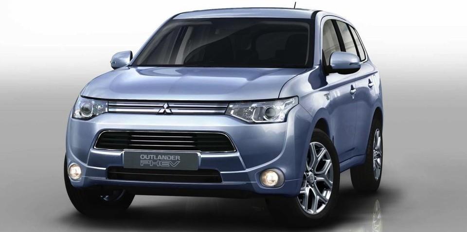 Mitsubishi Outlander PHEV: production resumes, but delays for Oz