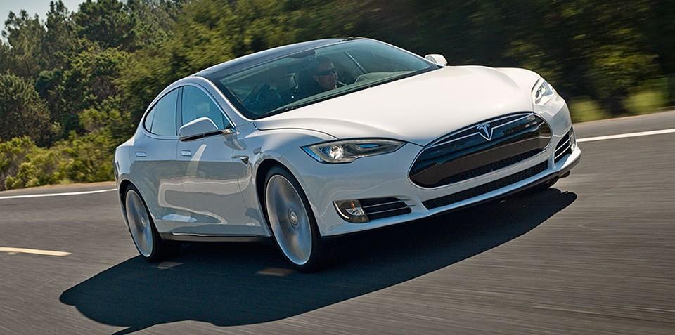 Tesla Motors sets sights on self-driving Model S by 2016