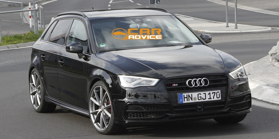 Audi RS3: performance hatch test mule spied