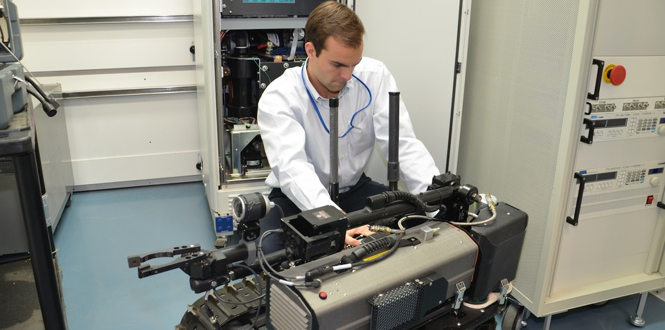 GM, US army to develop hydrogen fuel cell technology