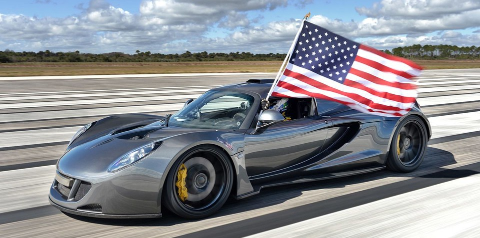 Hennessey Venom GT claims world's fastest car record with 435km/h run