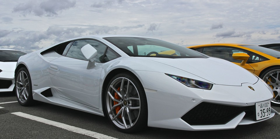 lamborghini huracan lp610 4 priced 27 000 below outgoing gallardo. Black Bedroom Furniture Sets. Home Design Ideas