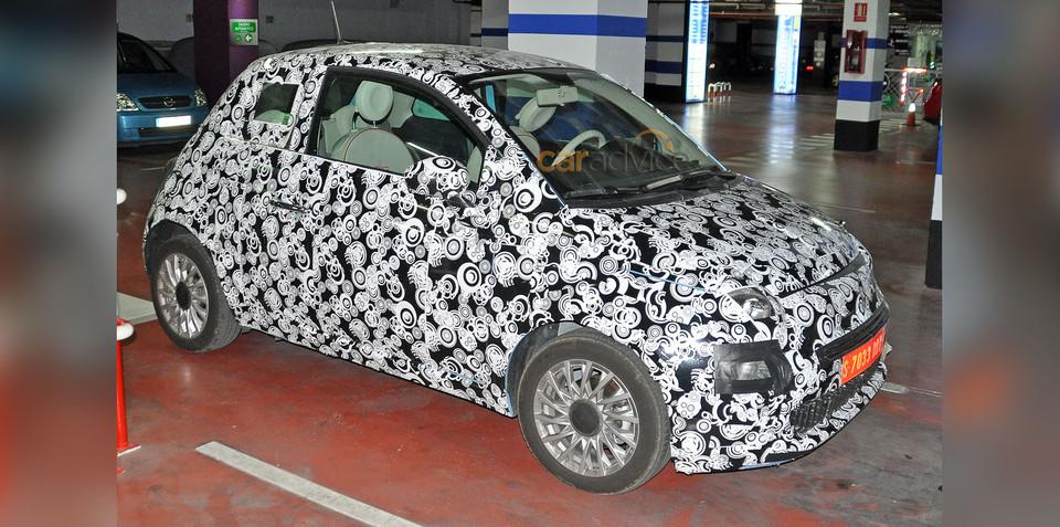 Fiat 500 facelift spy photos