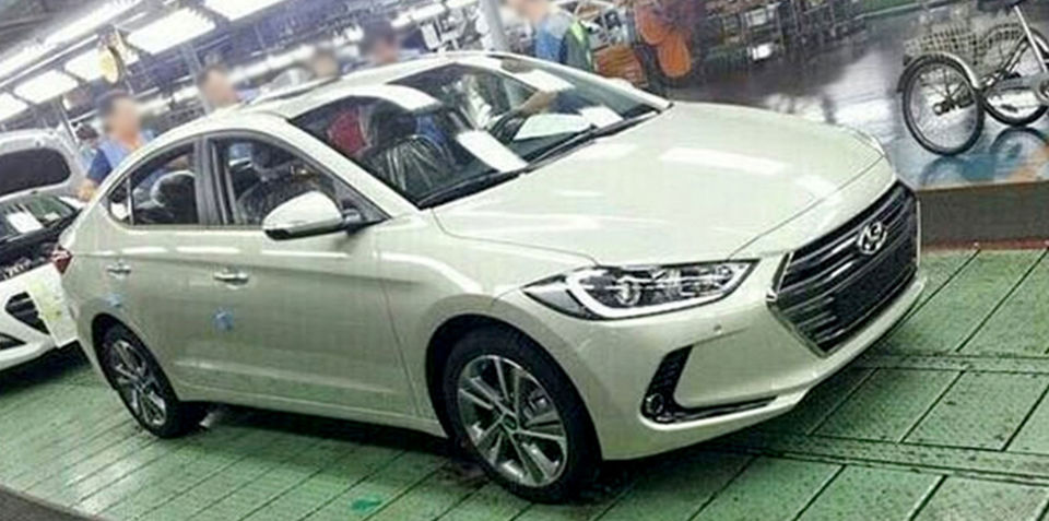 2016 Hyundai Elantra revealed via factory floor leak