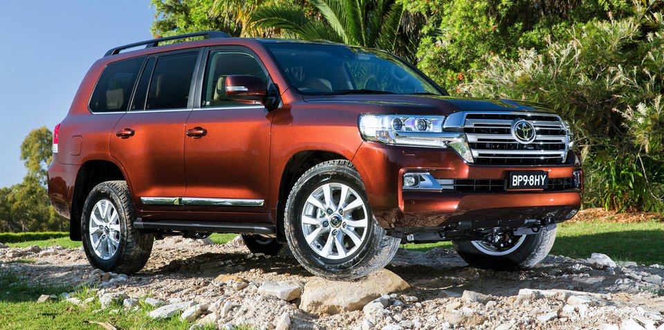 2016 toyota landcruiser 200 series pricing and specifications. Black Bedroom Furniture Sets. Home Design Ideas