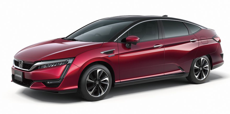 Honda FCV hydrogen-powered production sedan revealed