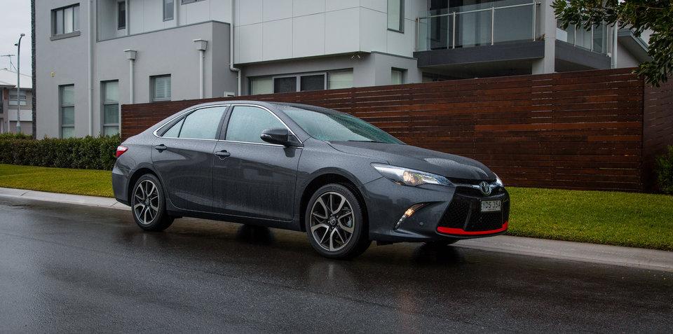 2016 Toyota Camry Atara SX Review