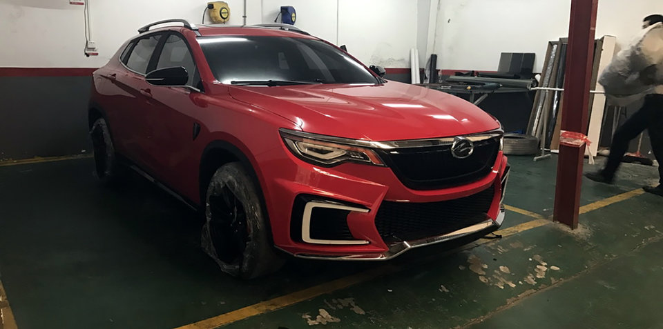 Land Wind E33 spied ahead of Guangzhou show