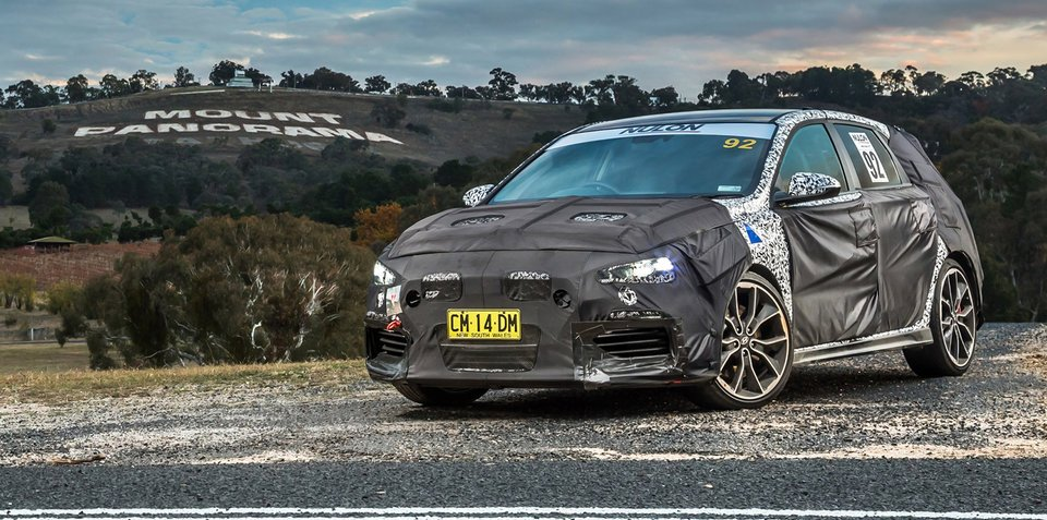 2018 Hyundai i30 N tackles the mountain: Video