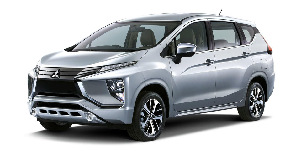 2018 Mitsubishi Expander crossover MPV revealed