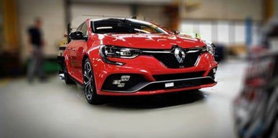 2018 renault megane rs. perfect megane 2018 renault megane rs leaked undisguised in renault megane rs