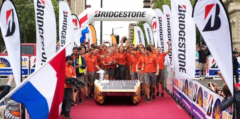 Solar Team Wins World Solar Challenge