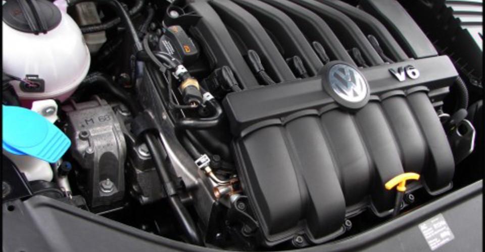 2008 Volkswagen Passat R36 Review