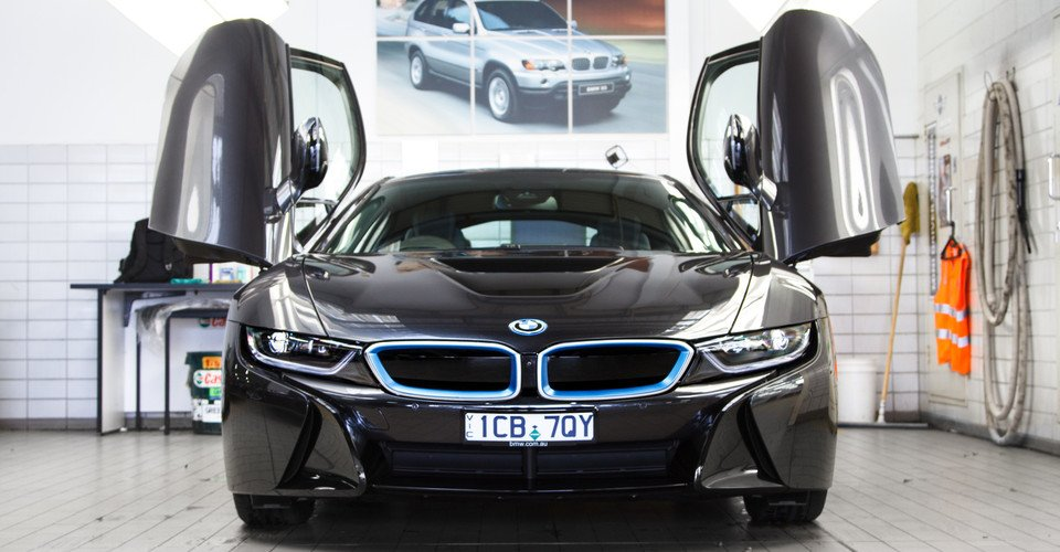 BMW i8 Review